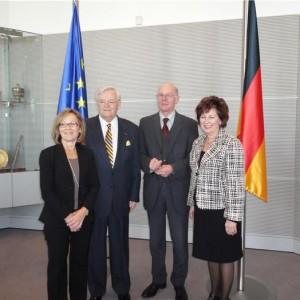 With Bundesrag Pres_103410