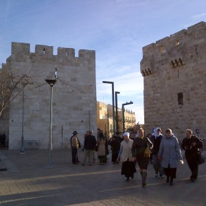 3-Morning-Street-Scene-in-Jerusalem1